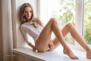 Blonde skinny ass
