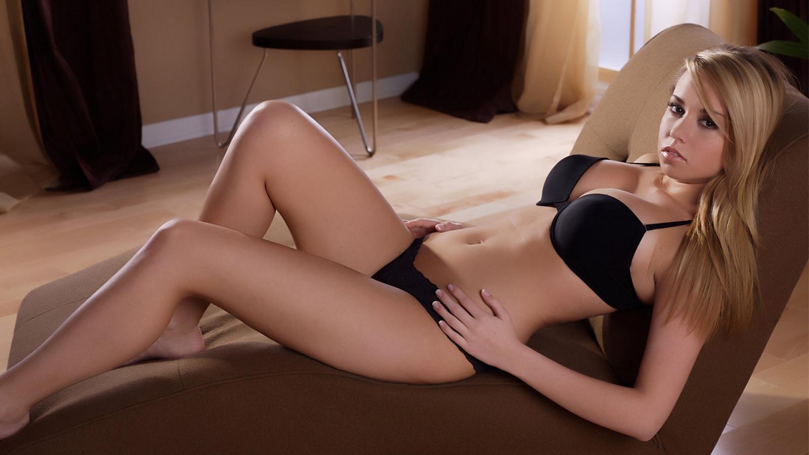 Hot Women Video