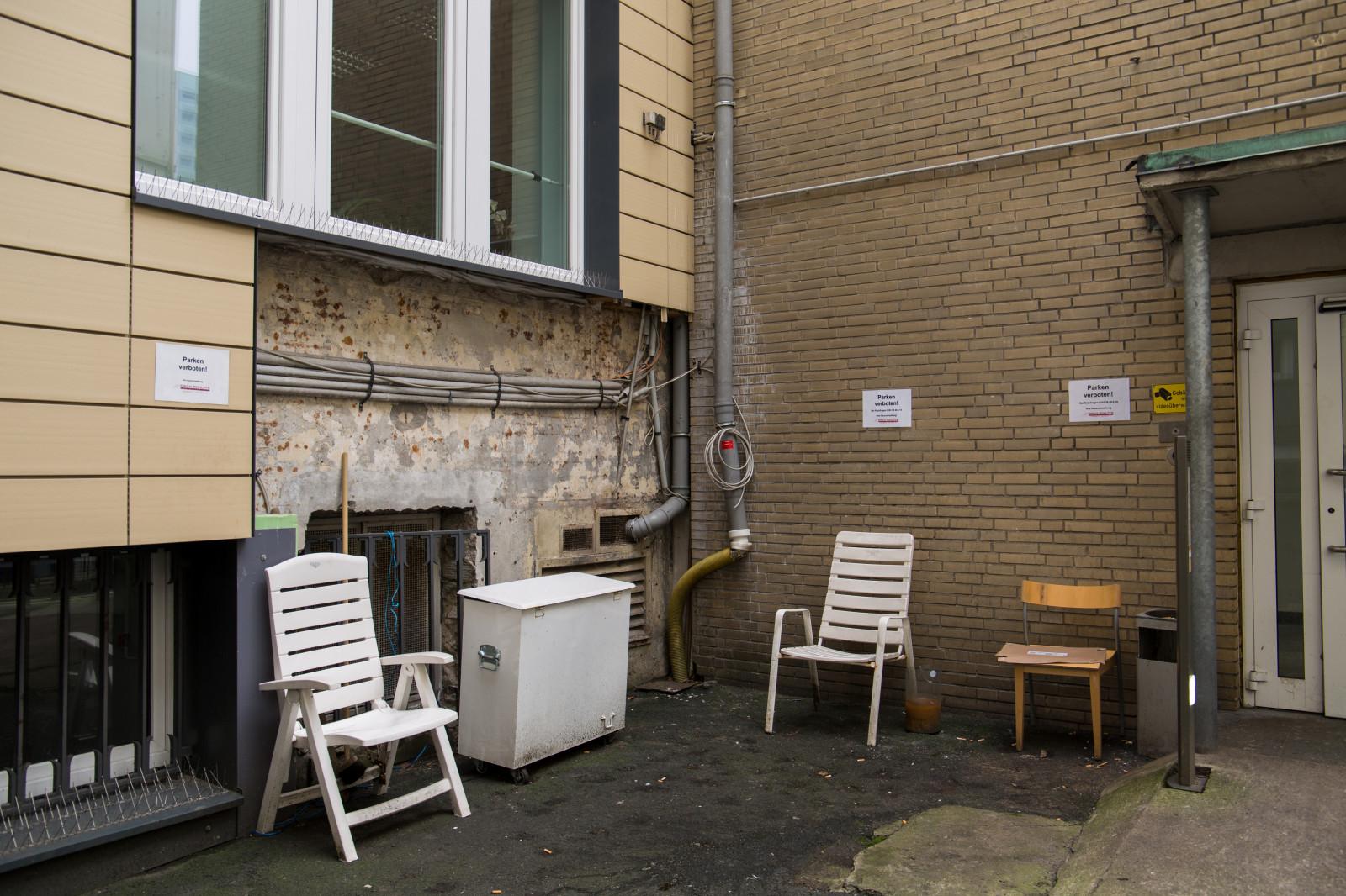 Mur En Parement Salon fond d'écran : fenêtre, bâtiment, mur, maison, chaise