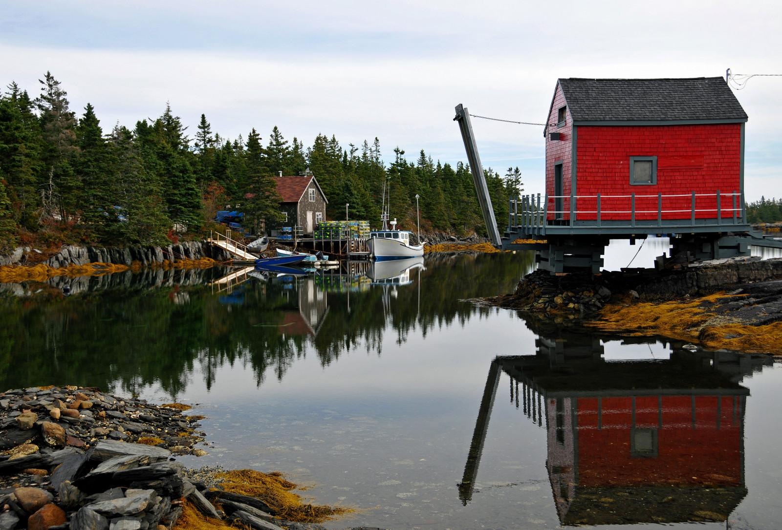 Fond d\'écran : paysage, bateau, Lac, eau, rouge, réflexion, ciel ...