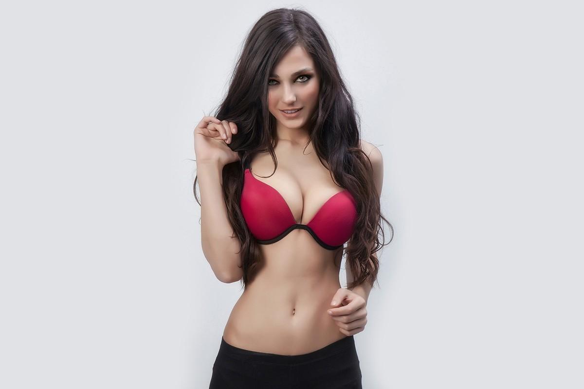 fully naked japanese woman model