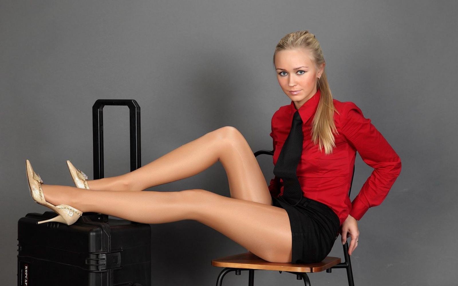 Tapeta Ženske, Blondinka, Dolgi lasje, Sedenje, Visoke pete, Pevec, Pantyhose, Črna-6652