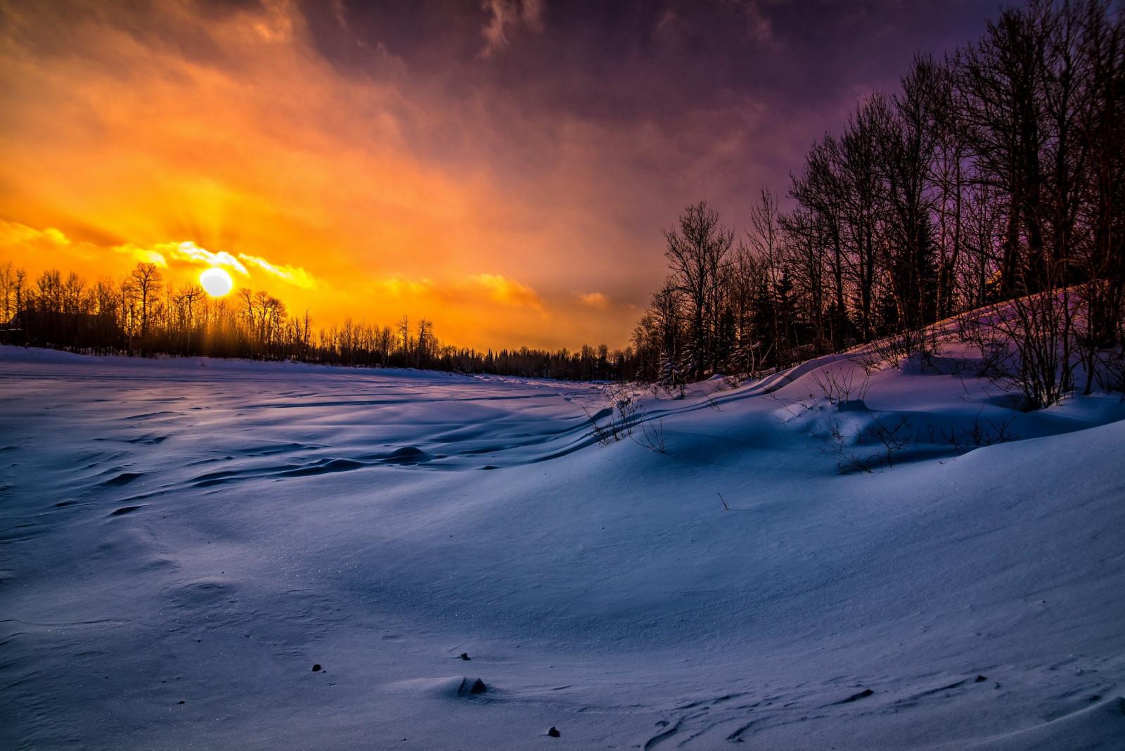 упускают красивая картинка с закатом солнца зима храма