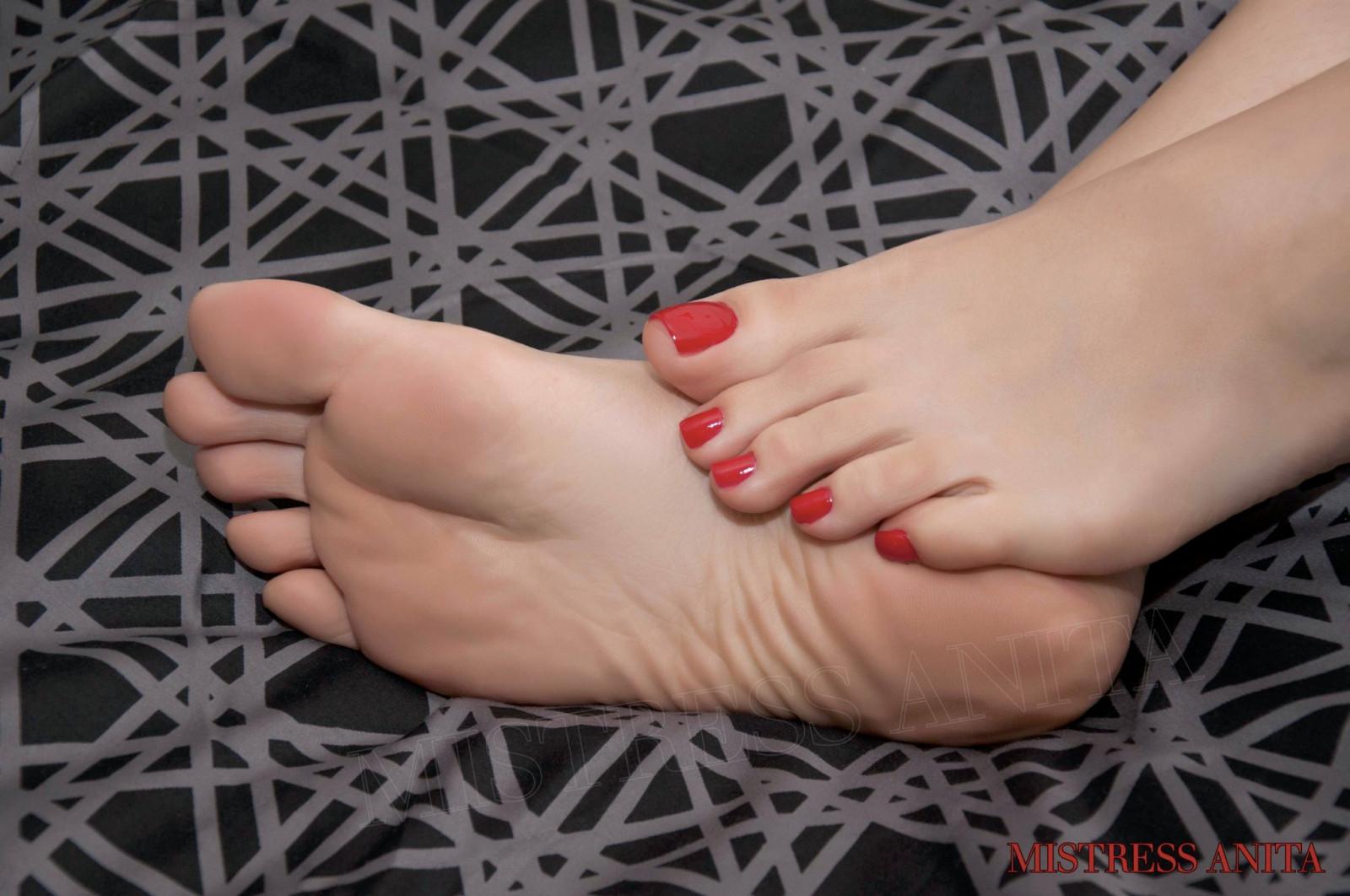 пальчики ног русских девушек фото - 6