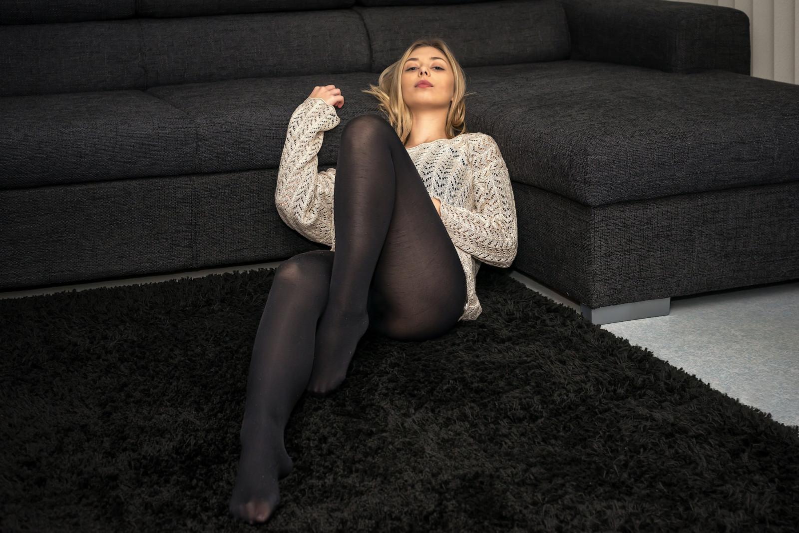 Wallpaper : women, on the floor, legs, pantyhose, blonde
