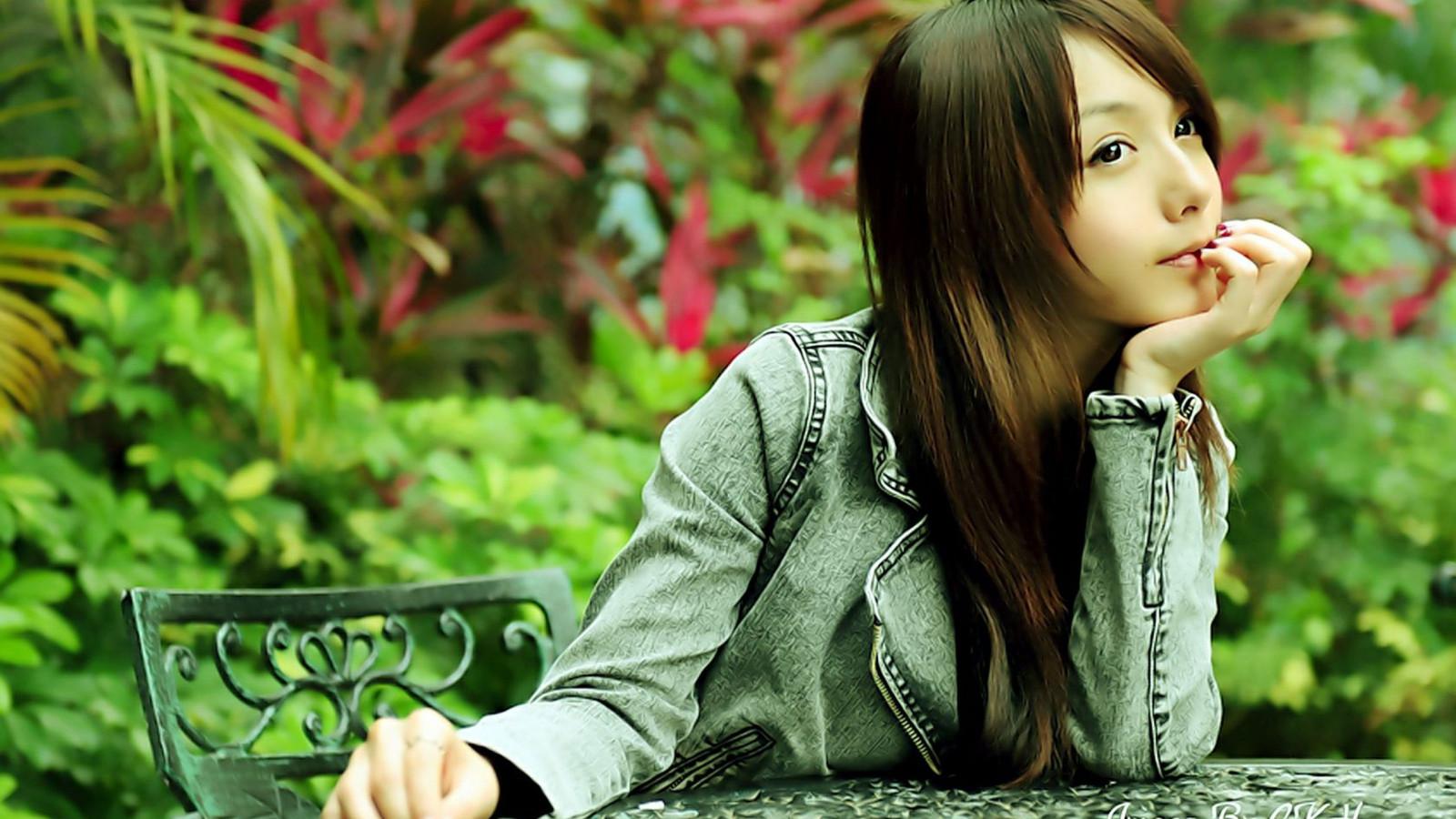 красивые фото азиатки этого сначала