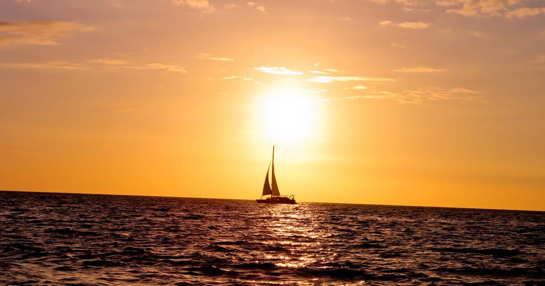Sfondi luce del sole tramonto mare acqua cielo alba for Foto hd desktop