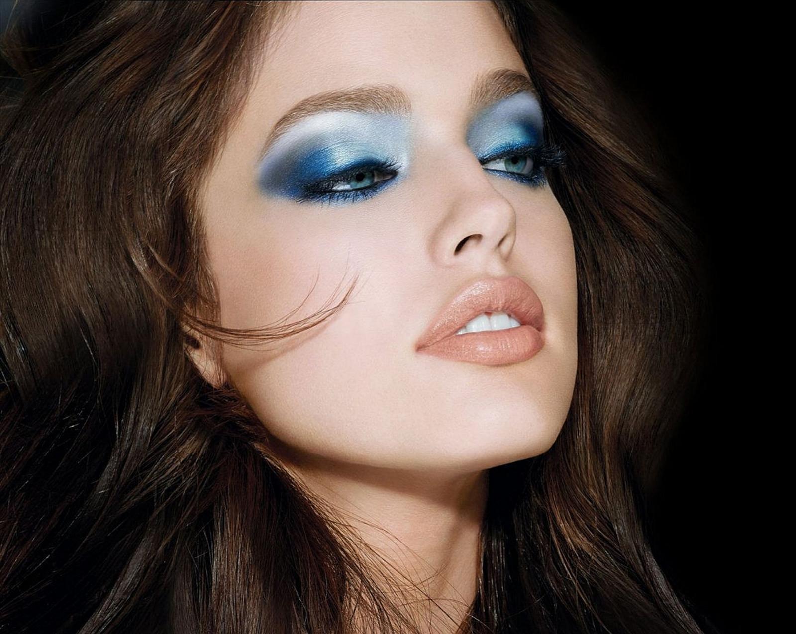 Wallpaper Face Women Model Blue Eyes Brunette: Wallpaper : Face, Women, Model, Looking Away, Blue Eyes