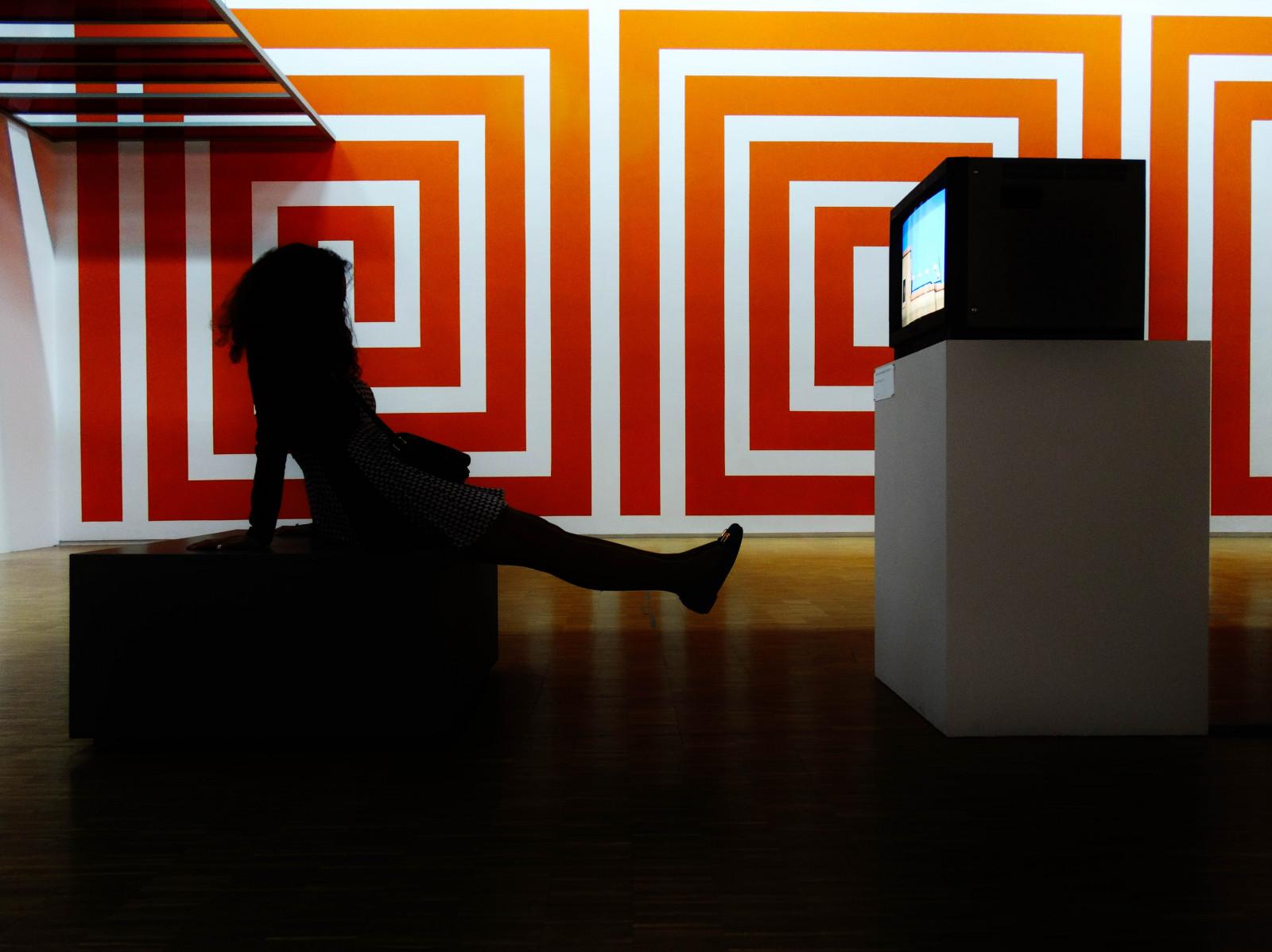 Hintergrundbilder : Schatten, Silhouette, Tabelle, Sessel, Geometrie ...