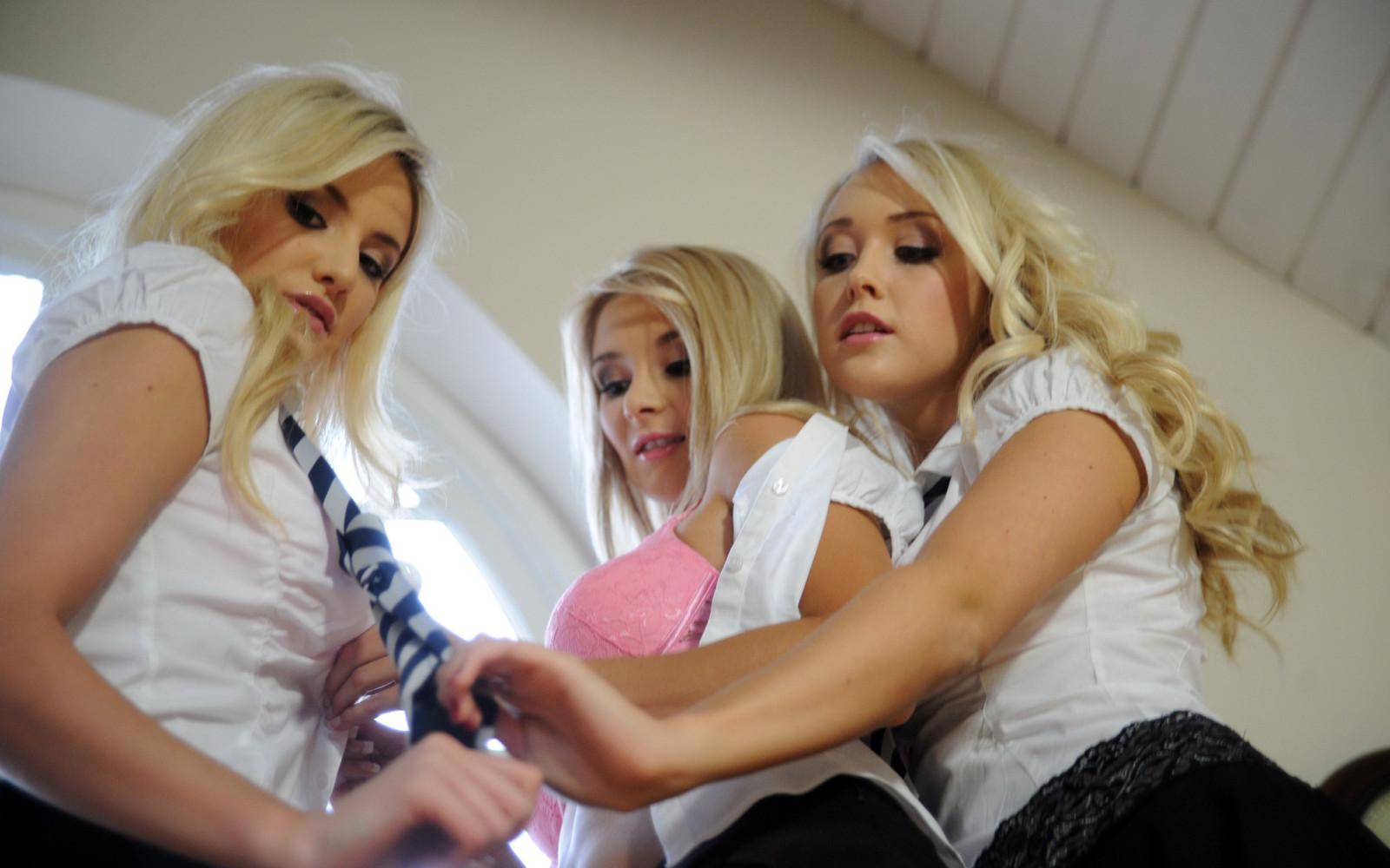 Школа девочек эротик, Порно Девочек Школа (найдено 24 порно видео роликов) 14 фотография