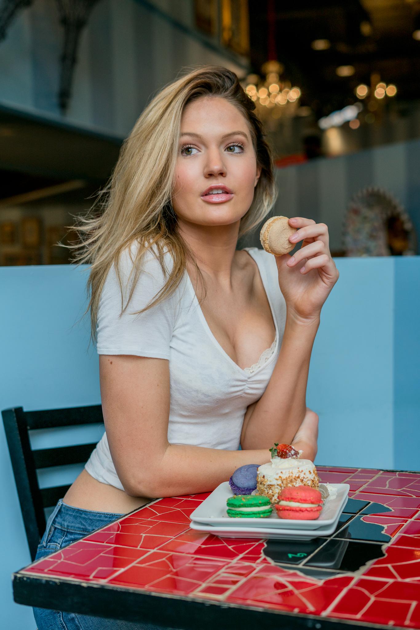 Wallpaper : Summer Lynn Hart, blonde, portrait, white tops