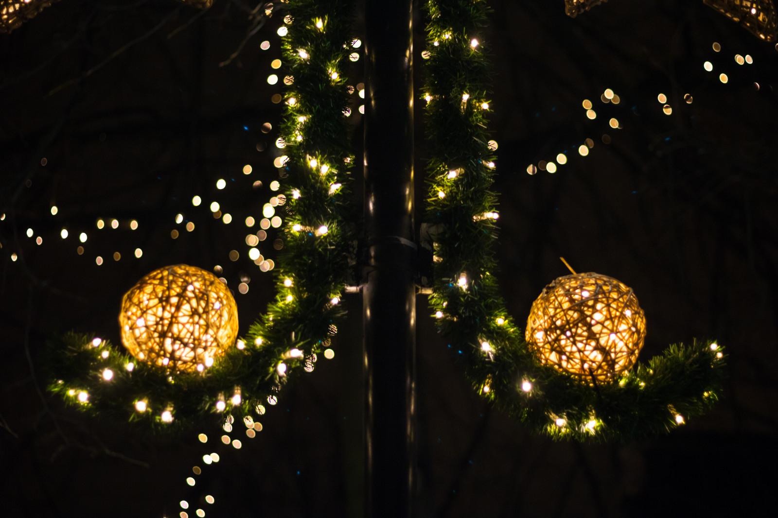 hintergrundbilder nacht ast wunderkerze weihnachtsbaum weihnachten weihnachtsbeleuchtung. Black Bedroom Furniture Sets. Home Design Ideas