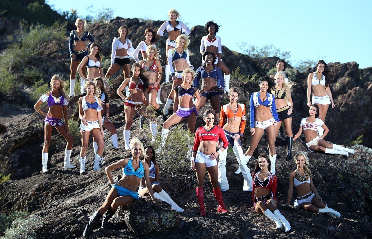 cheerleader-mud