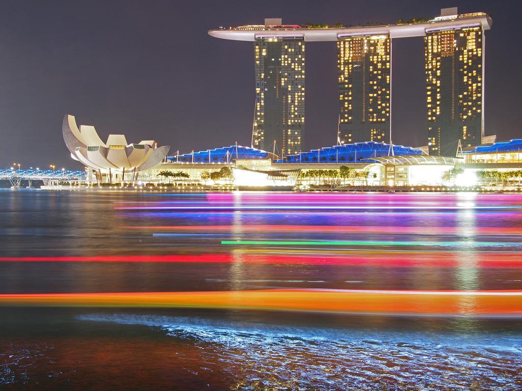 hintergrundbilder beleuchtung bunt schiff boot meer stadtbild bucht nacht singapur. Black Bedroom Furniture Sets. Home Design Ideas