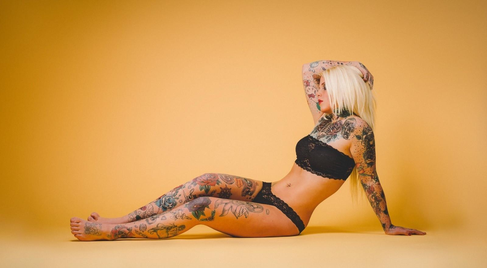 Тату у баб, Женские татуировки Интимные татуфотографий 15 фотография