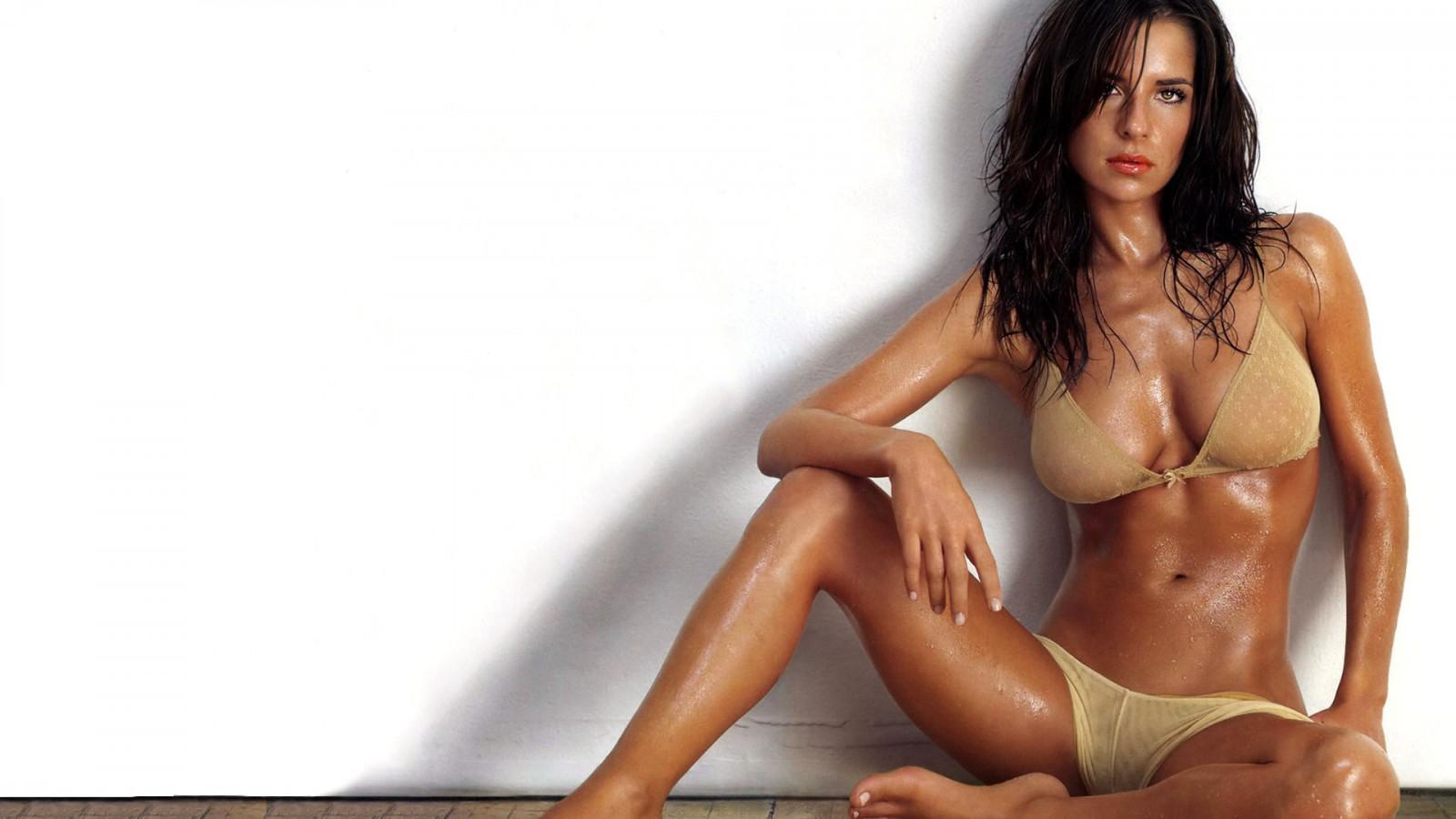 Смотреть видео про актрис знаменитых русских где они голые