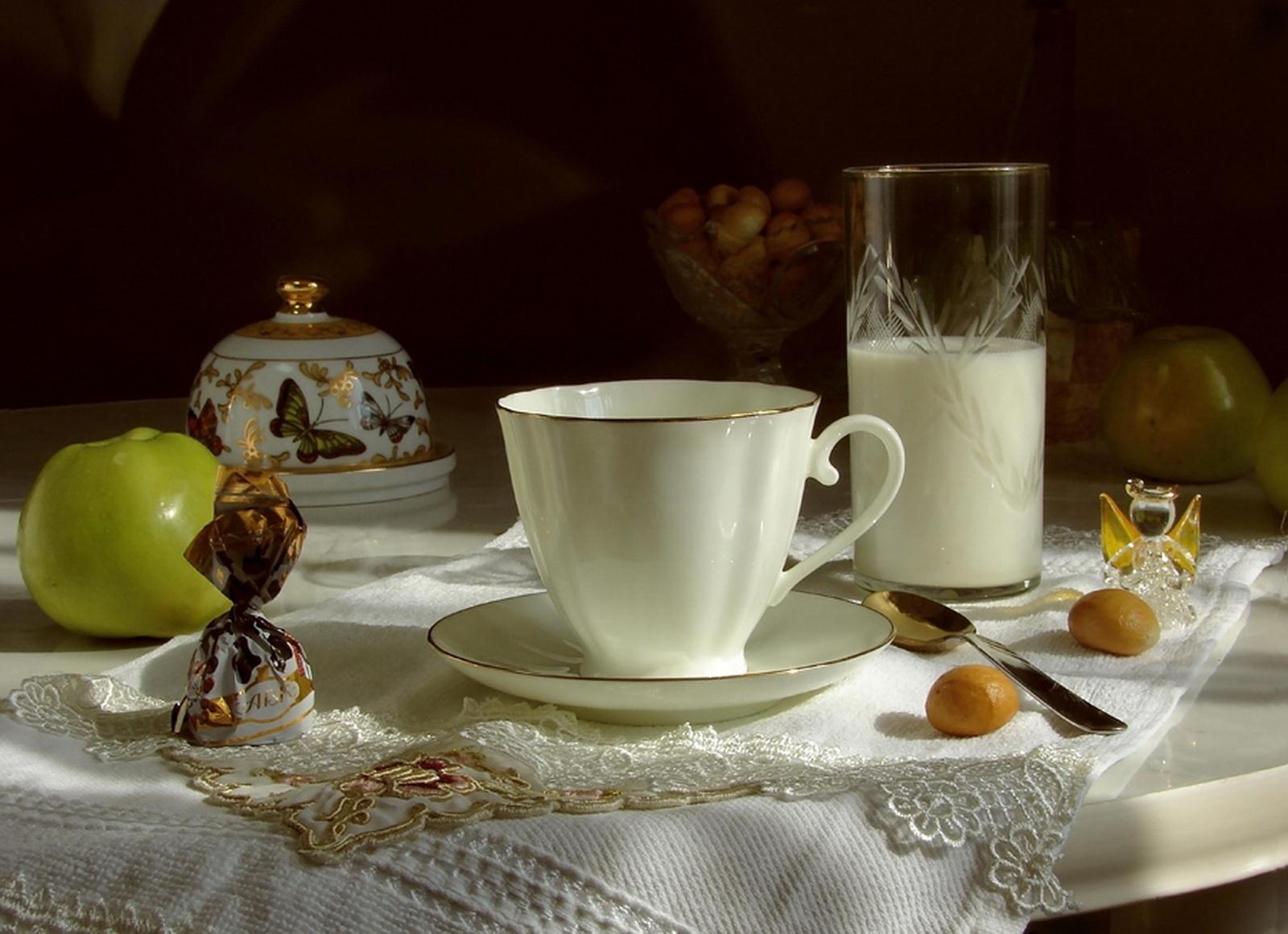 прекрасному, теплому фото натюрморты с чашками доченька, сотню