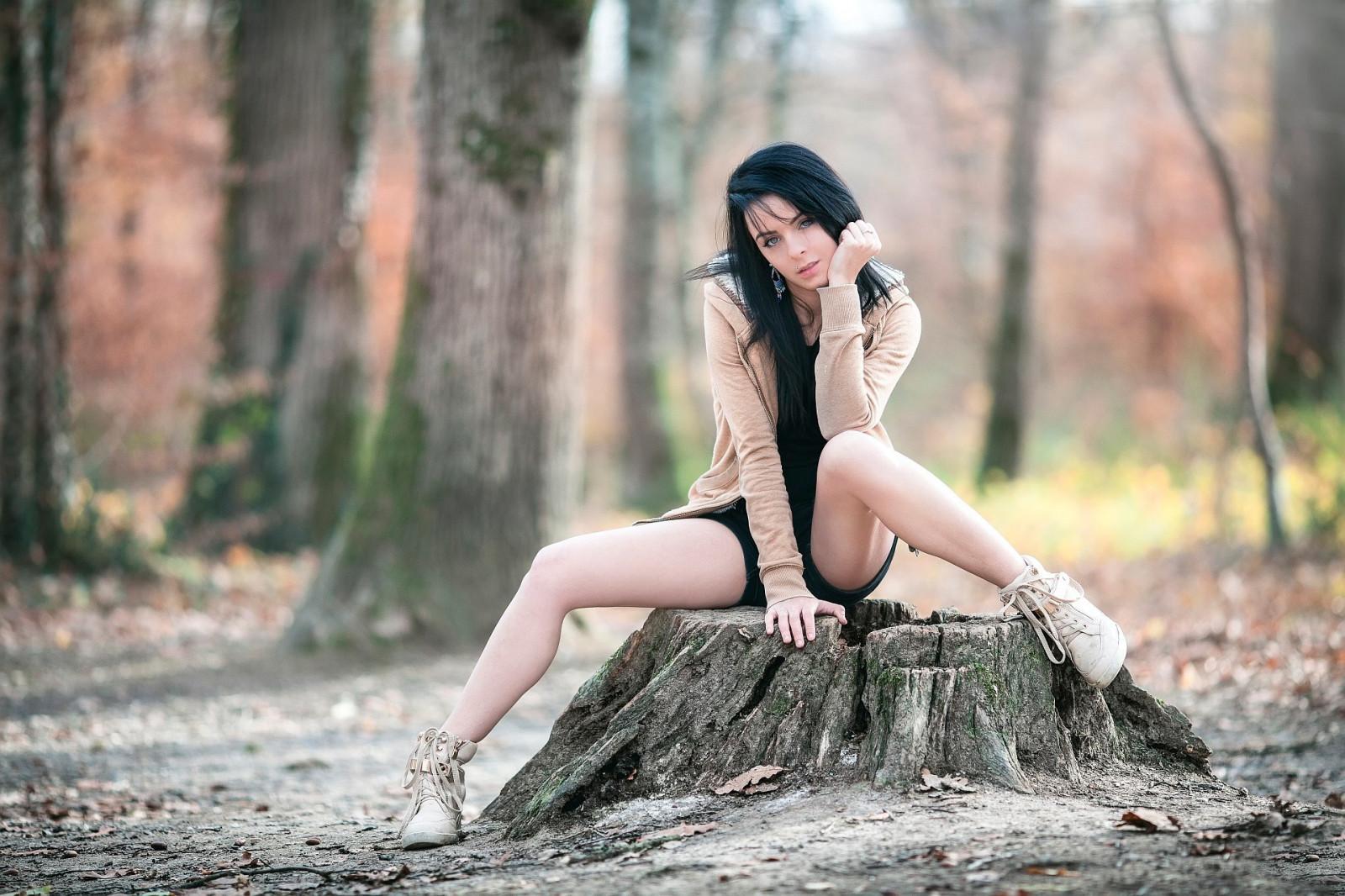 Фото голых раздвинутых, Шикарные бабы с раздвинутыми ногами порно фото 10 фотография
