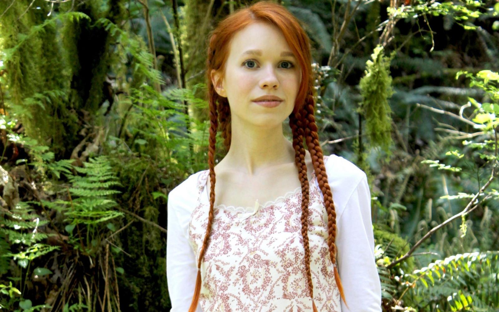 c0a6bb925768ad Wald Menschen Frau Rothaarige Modell- Kleid Zöpfe Mode Weiße Kleidung  Dschungel Frühling Person Regenwald DollyLittle