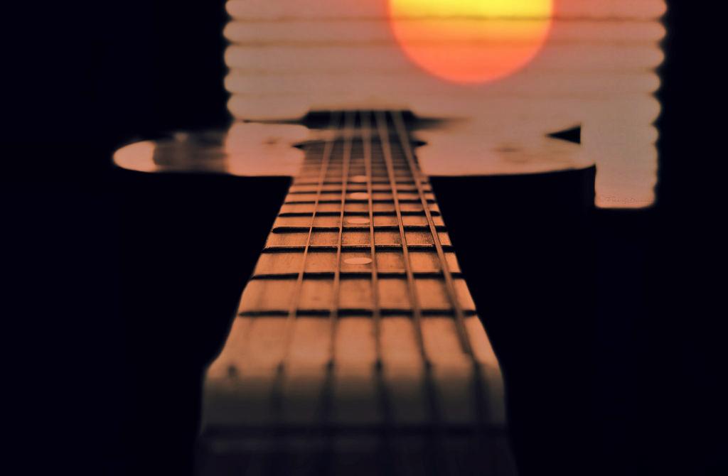Fond d'écran : la musique, Soleil, fenêtre, silhouette, lever du soleil, la  photographie, guitare, Beatles, Voici le soleil, Sonya550 1024x670 - -  661326 - Fond d'écran - WallHere