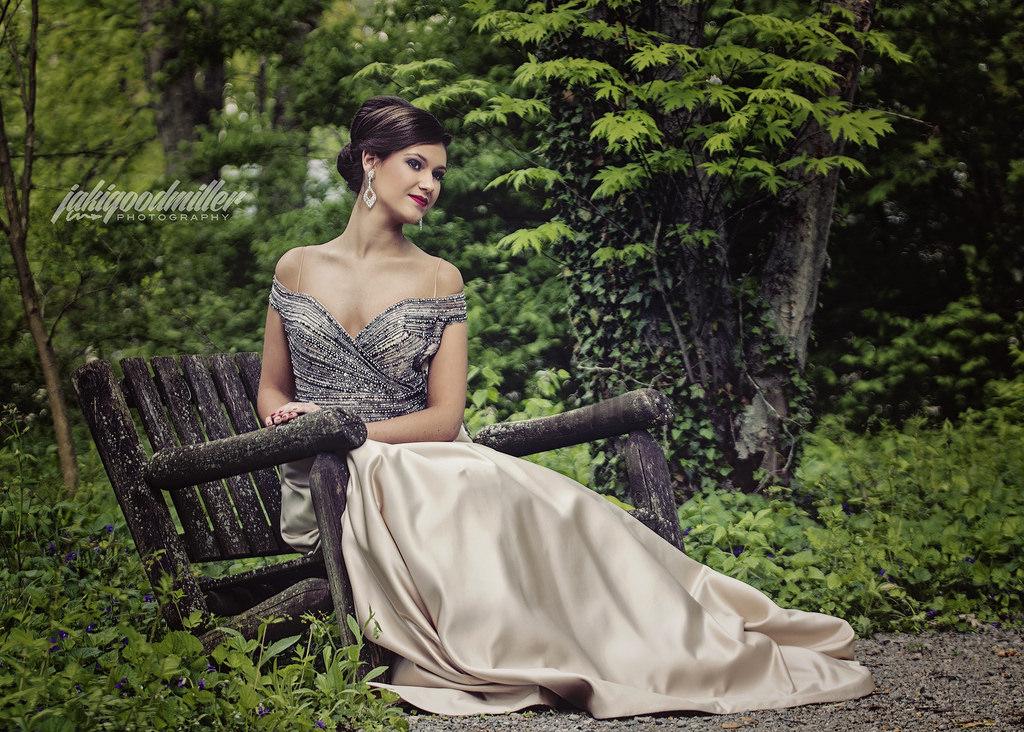 Hintergrundbilder : Wald, Modell-, Garten, Brünette, Kleid, Grün ...
