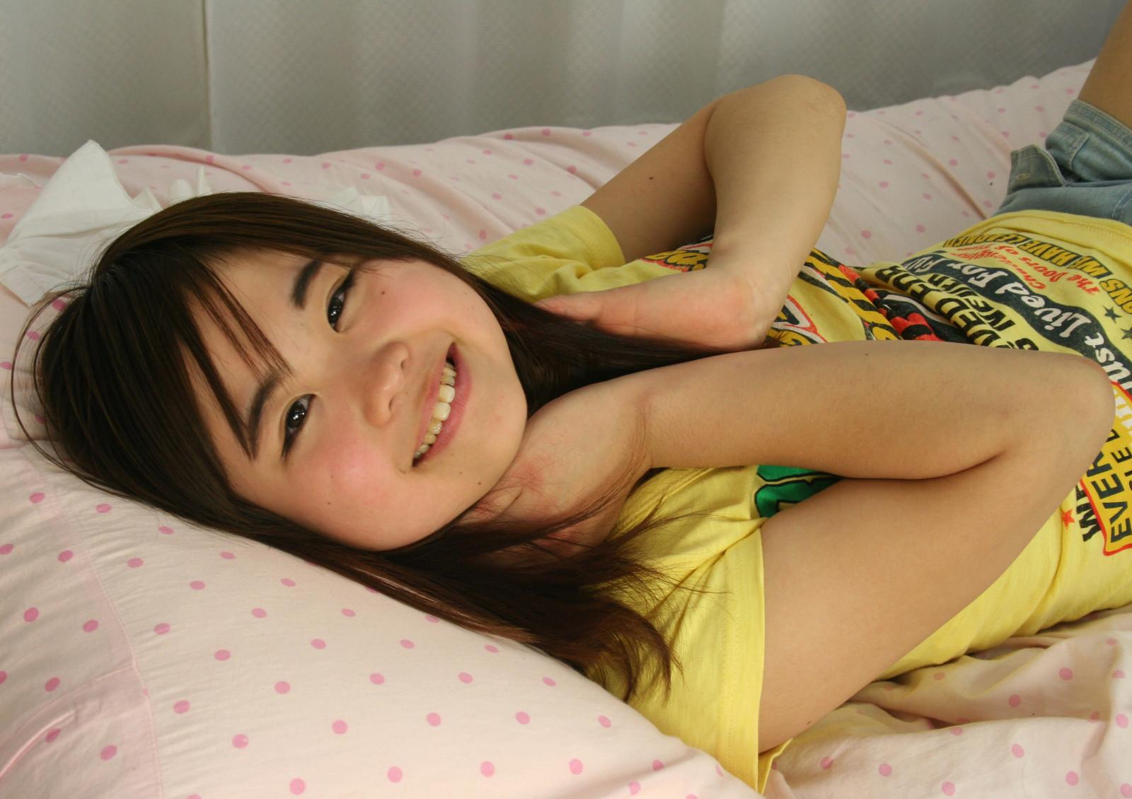 Wallpaper  Face, Model, Hands, Long Hair, Smiling, Shirt -4919