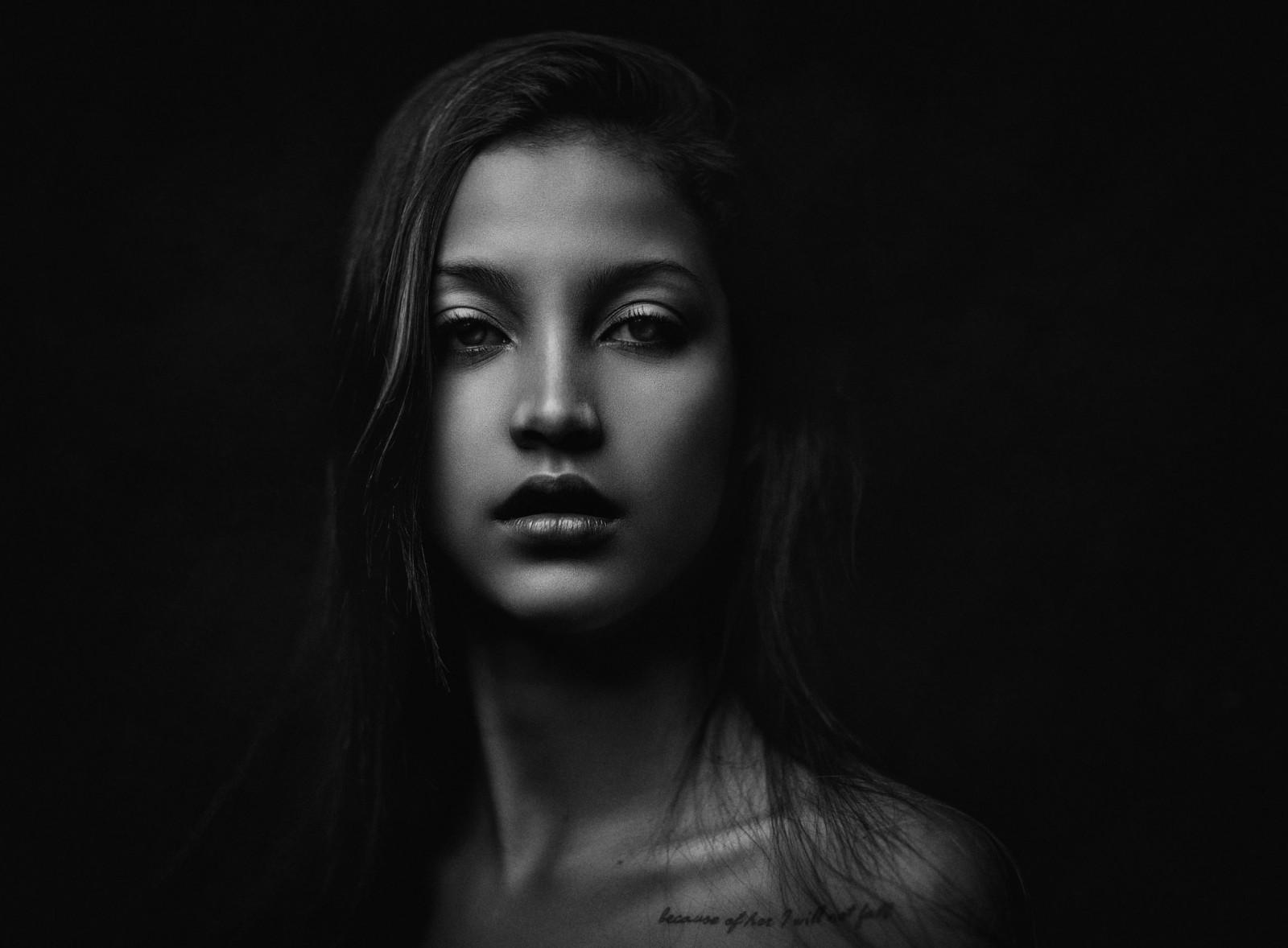 Fond d 39 cran visage femmes monochrome maquette fond for Fond ecran portrait