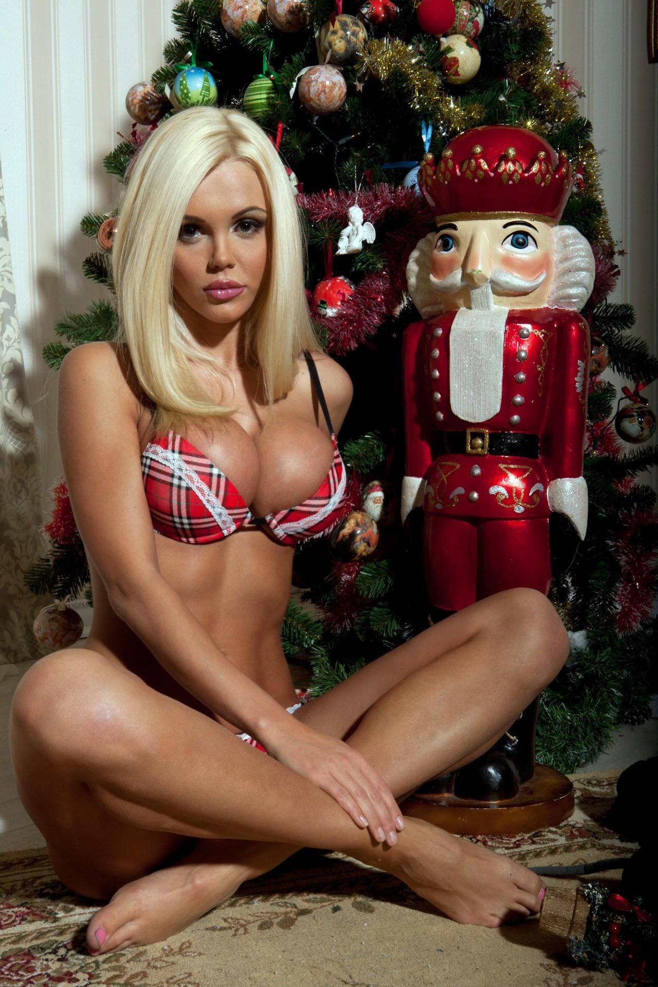 Pity, santa big boobs were visited
