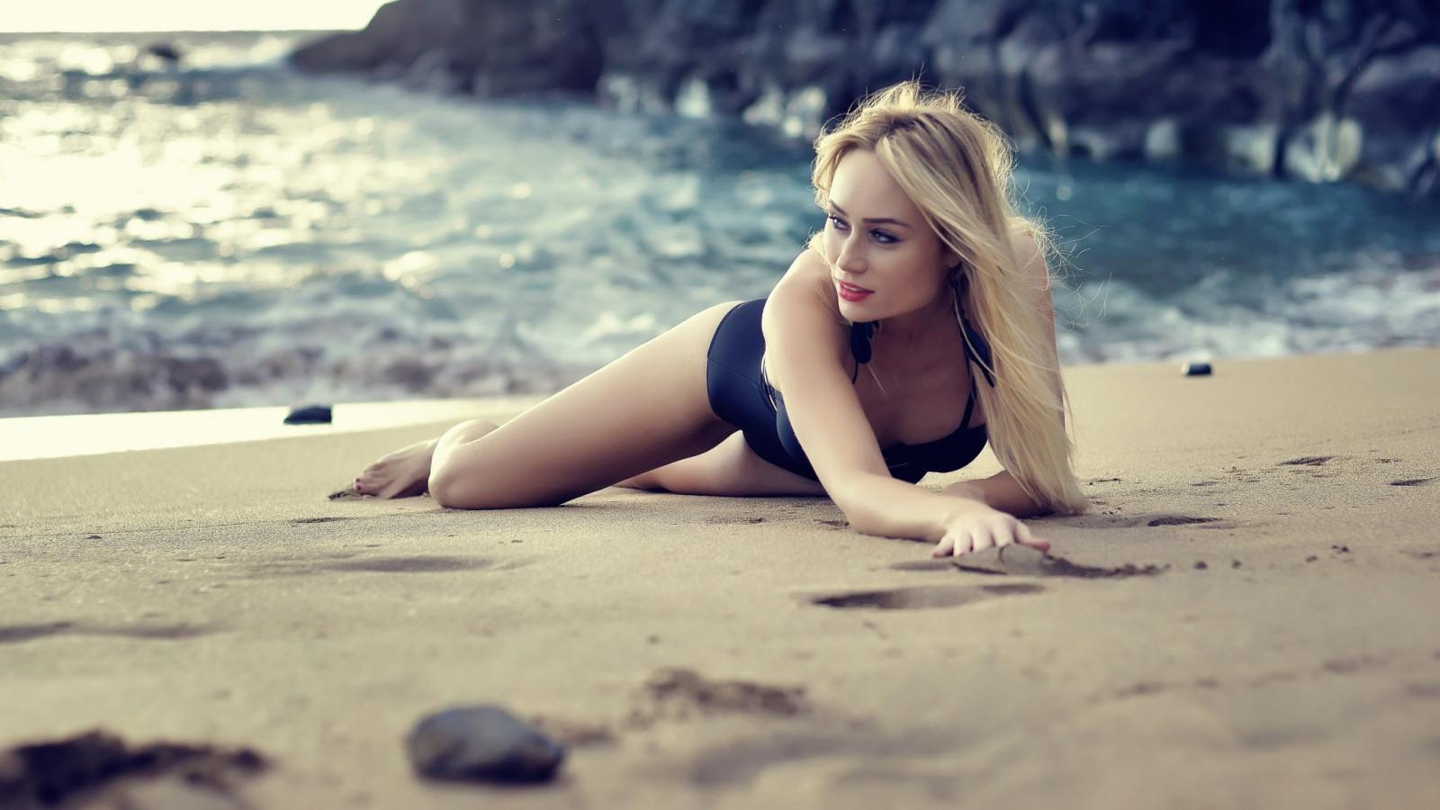 фотки красивых девушек блондинок на пляже