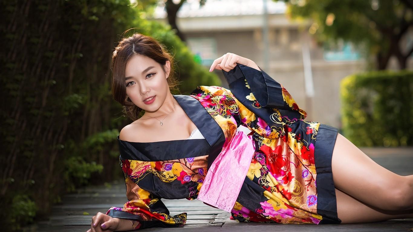 japan-kimono-hot-girls-photo