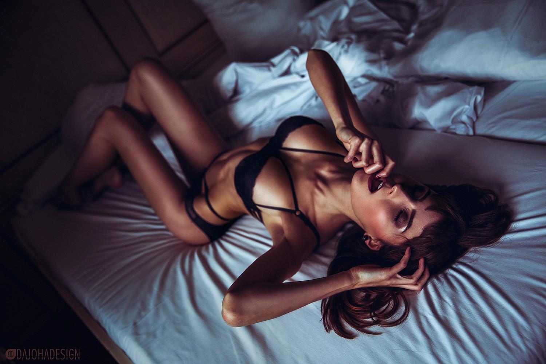 Худые в постели