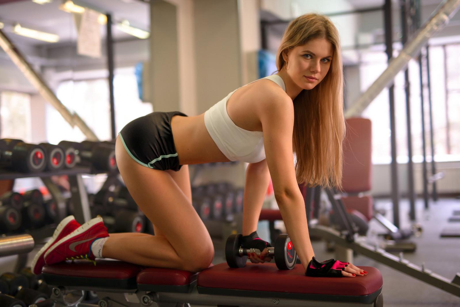 видео девушки и спорт специальный
