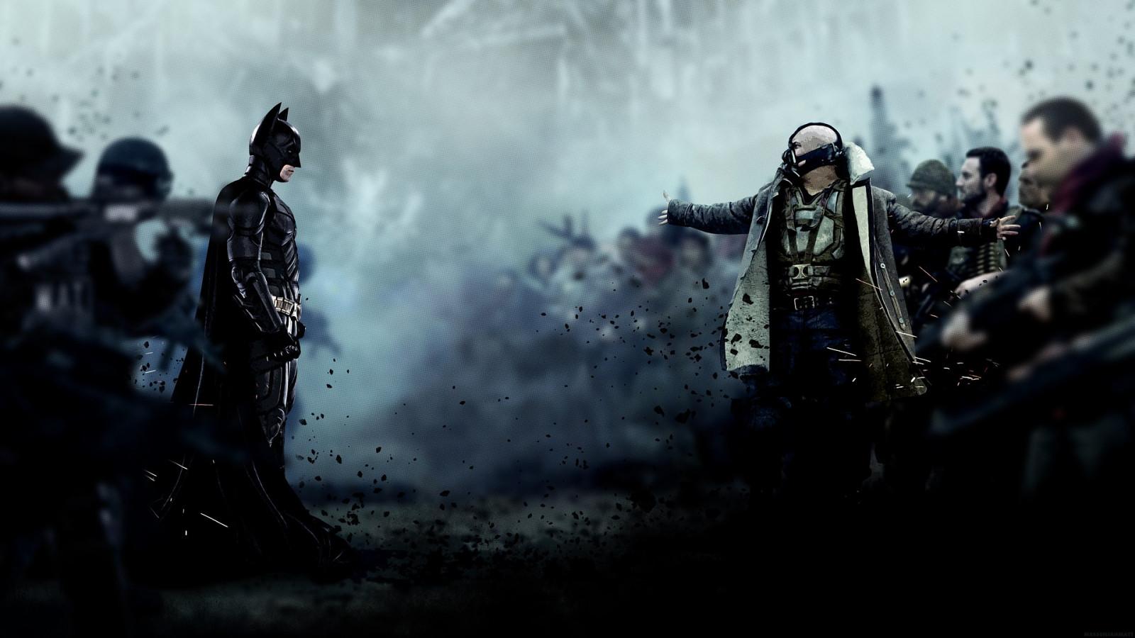 マーベルの魅力的な悪役ペインが悪党たちを率いてバットマンと対峙