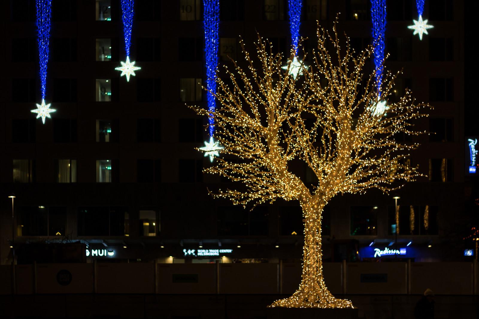 hintergrundbilder nacht weihnachtsbaum weihnachten weihnachtsbeleuchtung licht baum. Black Bedroom Furniture Sets. Home Design Ideas