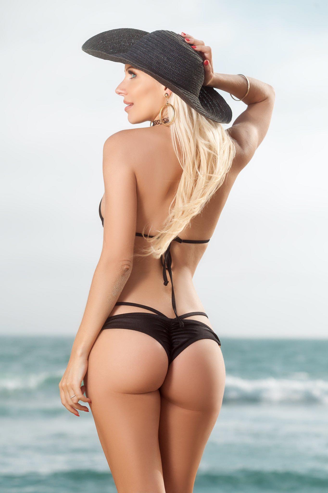 Ass titties Bikini blonde hair long model are very