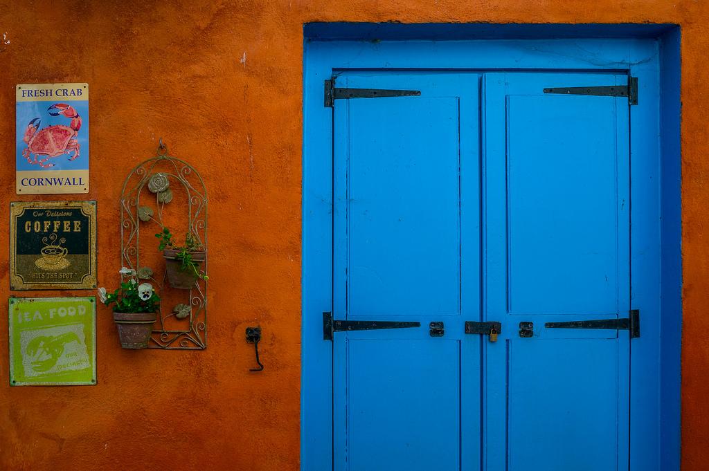 Hintergrundbilder : Fenster, Mauer, Haus, blau, England, Tür ...