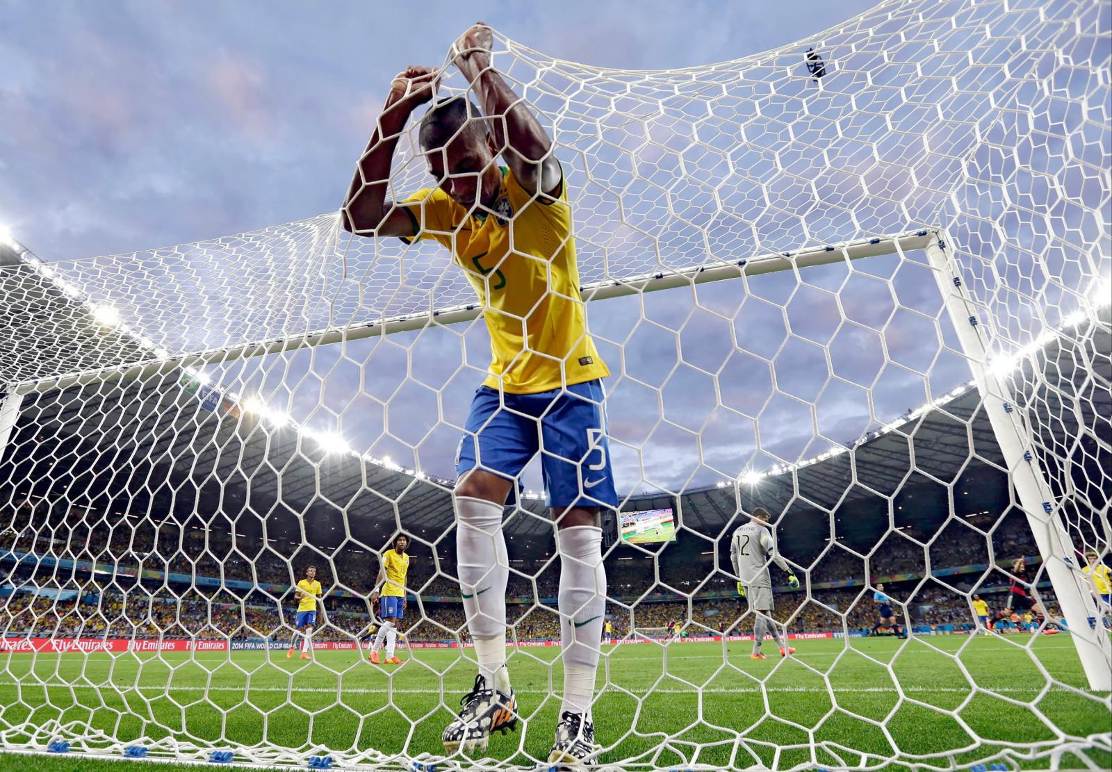 9943e54d sport keeper Mål fotball stadion ball Person struktur sparke nett spiller  fotballspiller sportsutstyr sport spillested menneskelig