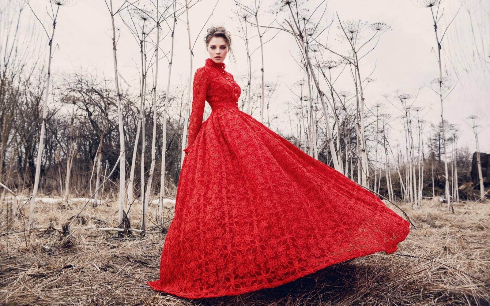 1b35c4e37e nők szabadban nők modell piros ruha piros ruha divat Esküvői ruha tavaszi  ruházat nő menyasszony köntös