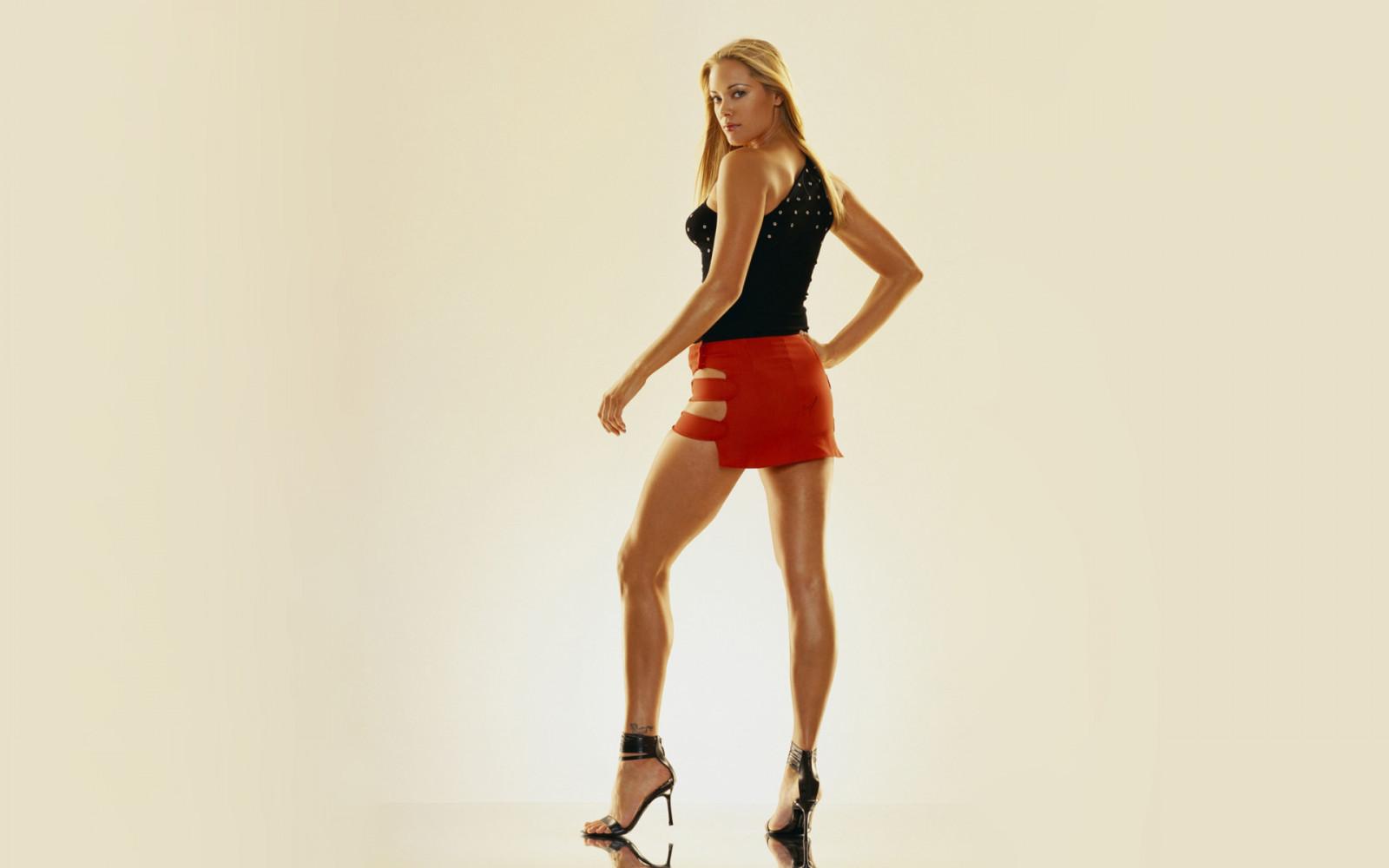 kristanna-loken-legs-boys-humping-girls-naked-hard