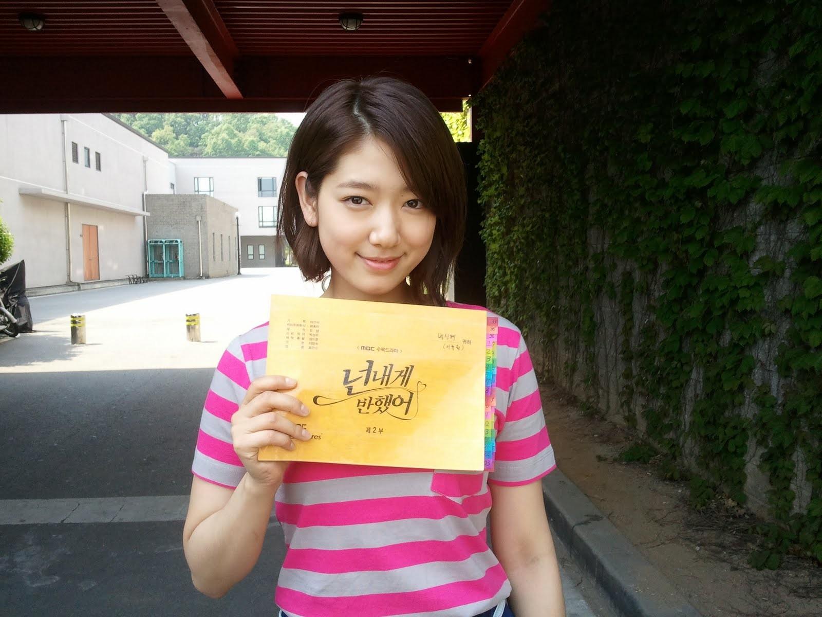 gente mujer asiático coreano primavera color niño día 1600x1200 px niñito 75a1a725aee