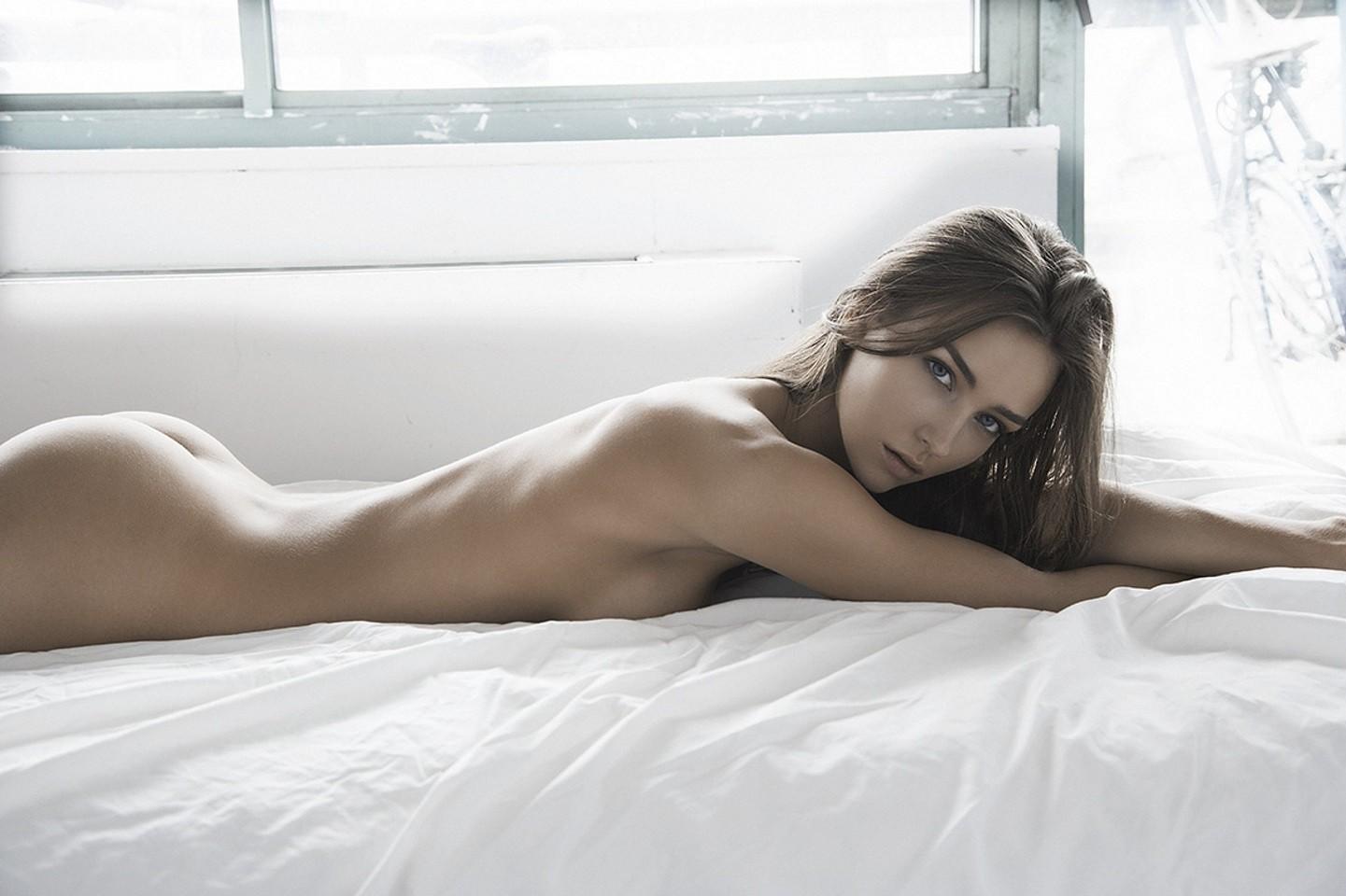 знал, что красивые фотомодели голые в рекламе временем