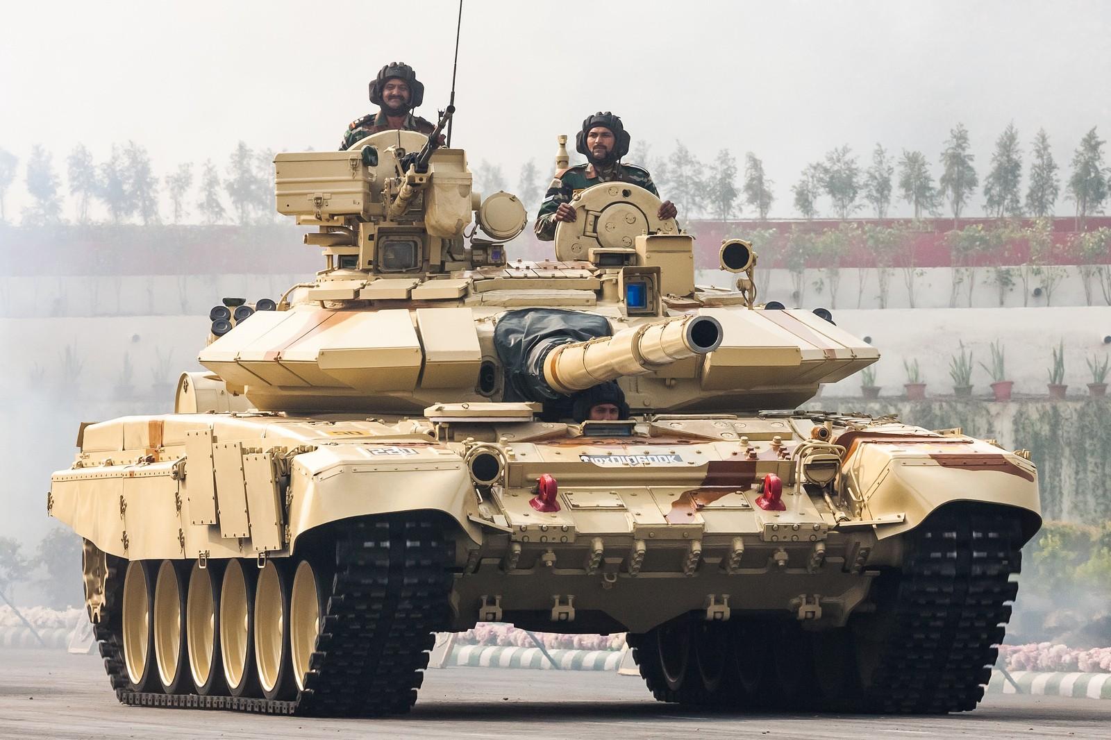 1600x1066 px 90S Bhisma esercito indiano t carro armato
