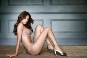 Alison Brie Panties