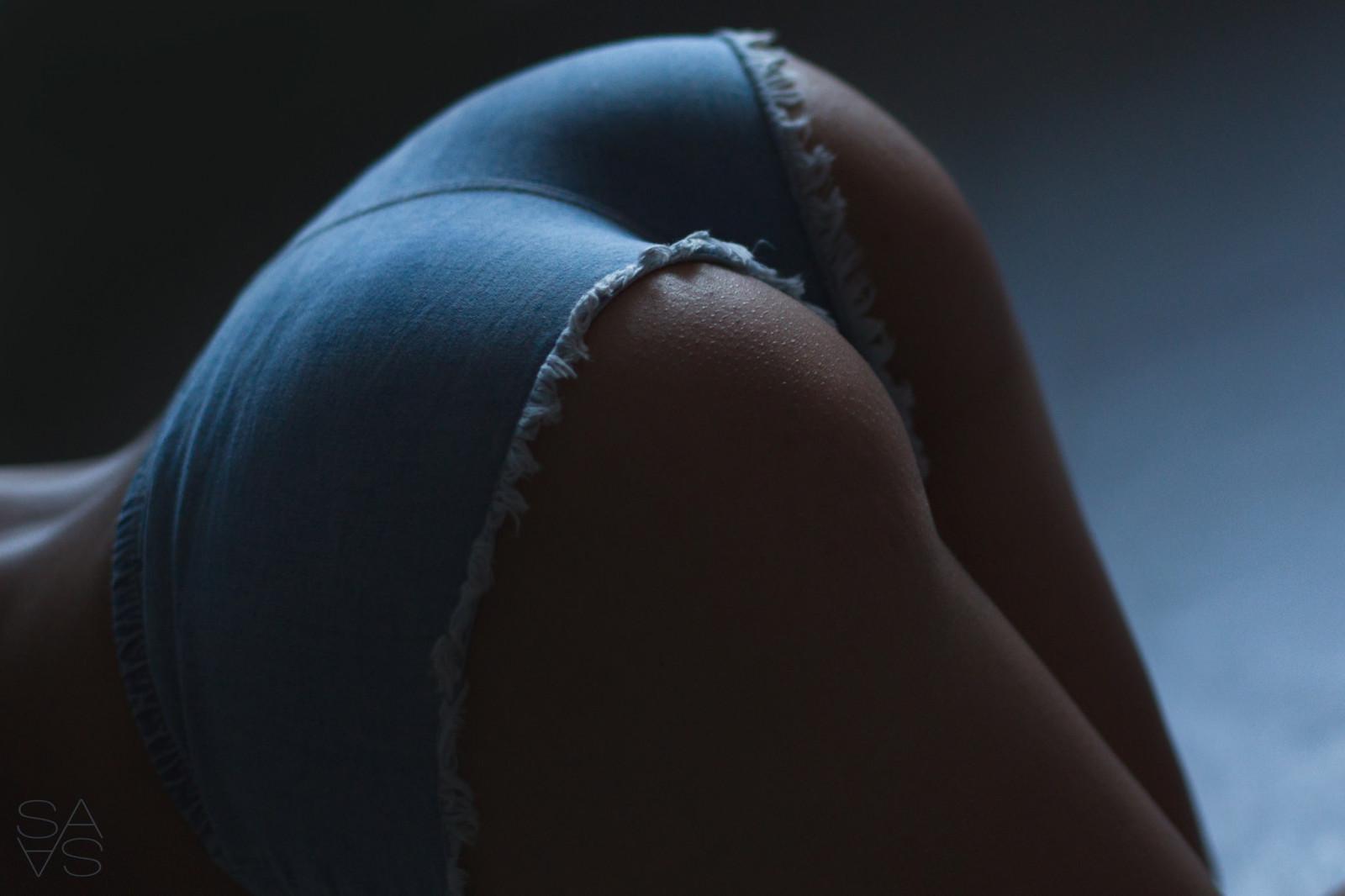 Уломали на секс глупую деваху порно фото бесплатно