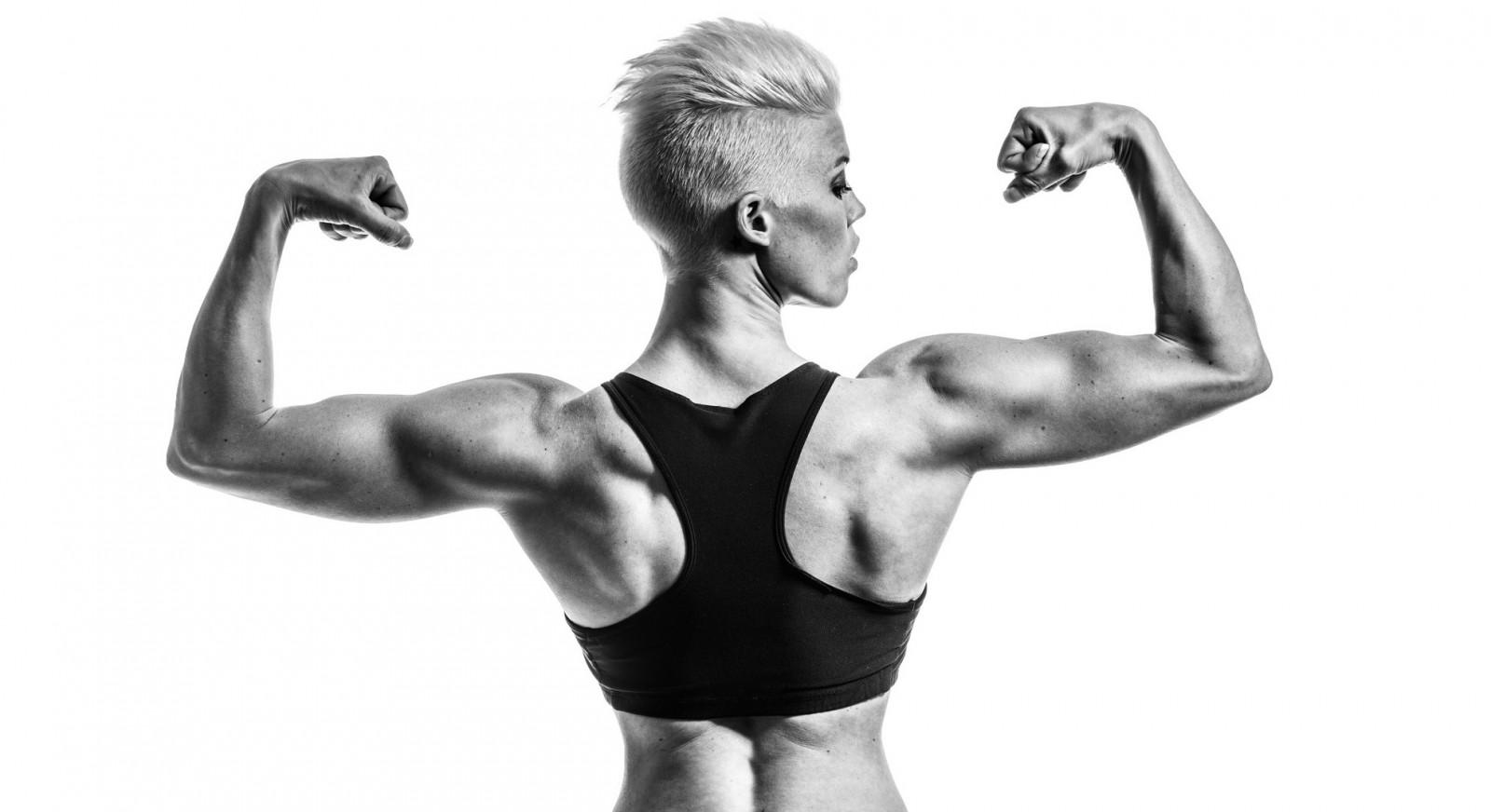 デスクトップ壁紙 女性 モノクロ ショートヘア 筋肉