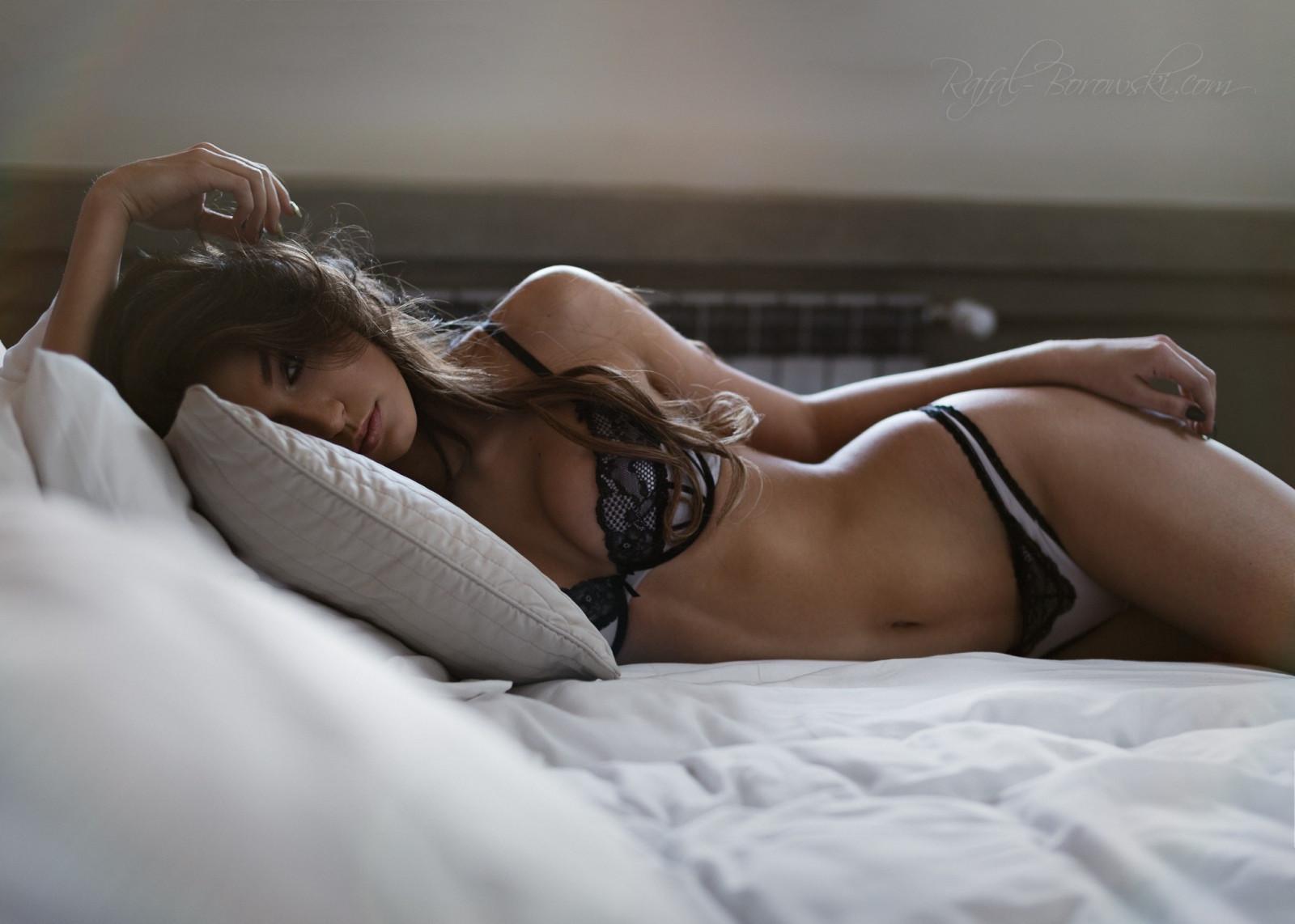 нужно сомневаться, женщины в постели красивые видео просчиталась… летом пошли