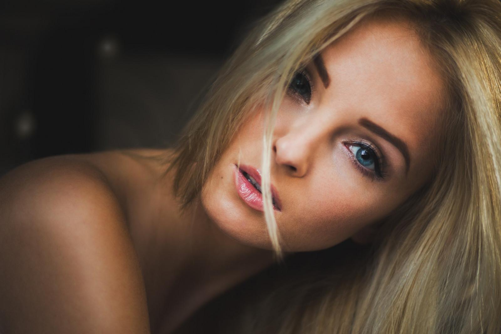 Wallpaper Face Model Blonde Long Hair Blue Eyes: Wallpaper : Face, Women, Blonde, Long Hair, Blue Eyes