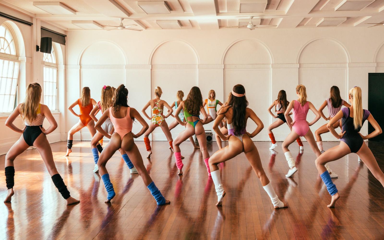 Sports nude teen girls gym class toon