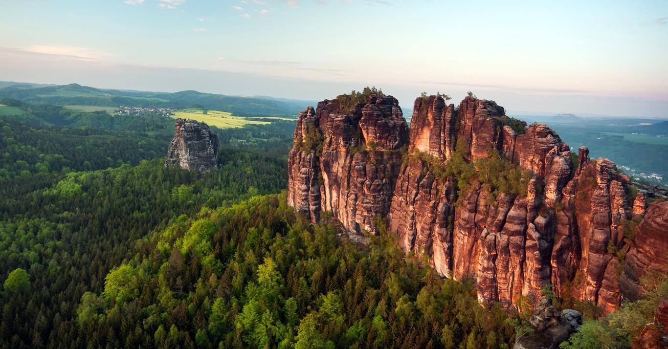 Hintergrundbilder Landschaft Wald Hügel Rock Gras