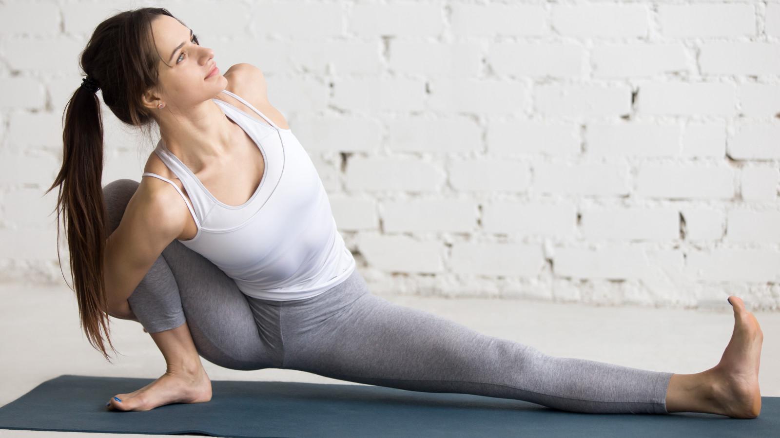 wallpaper : sports, women, model, brunette, barefoot, sitting, yoga